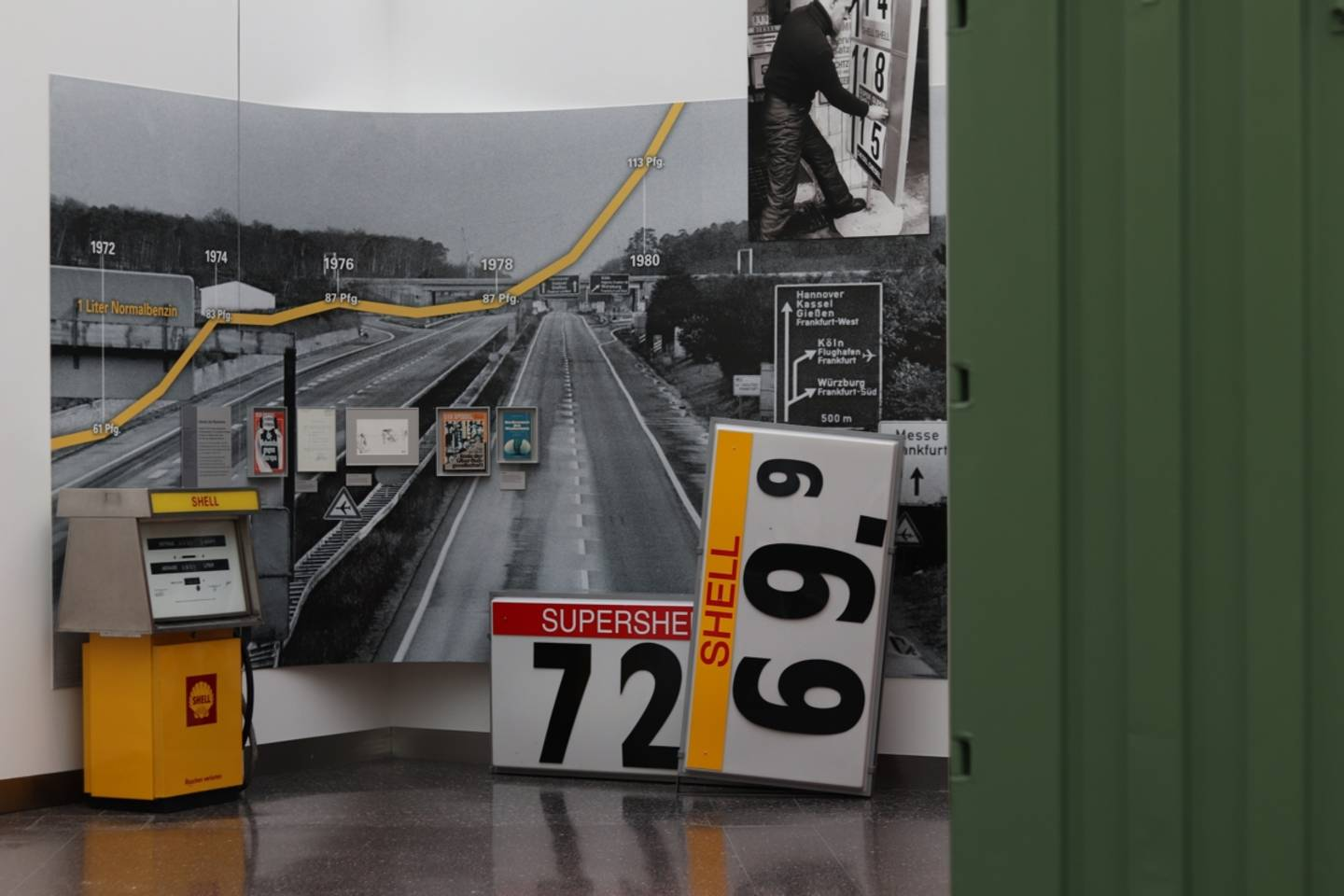 Part of the exhibition of the Haus der Geschichte about gas stations