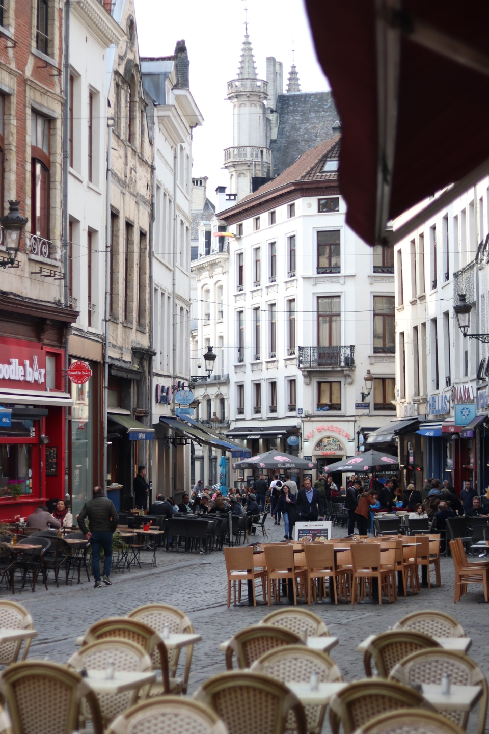 Street in Brussel, with many cafes and restaurants