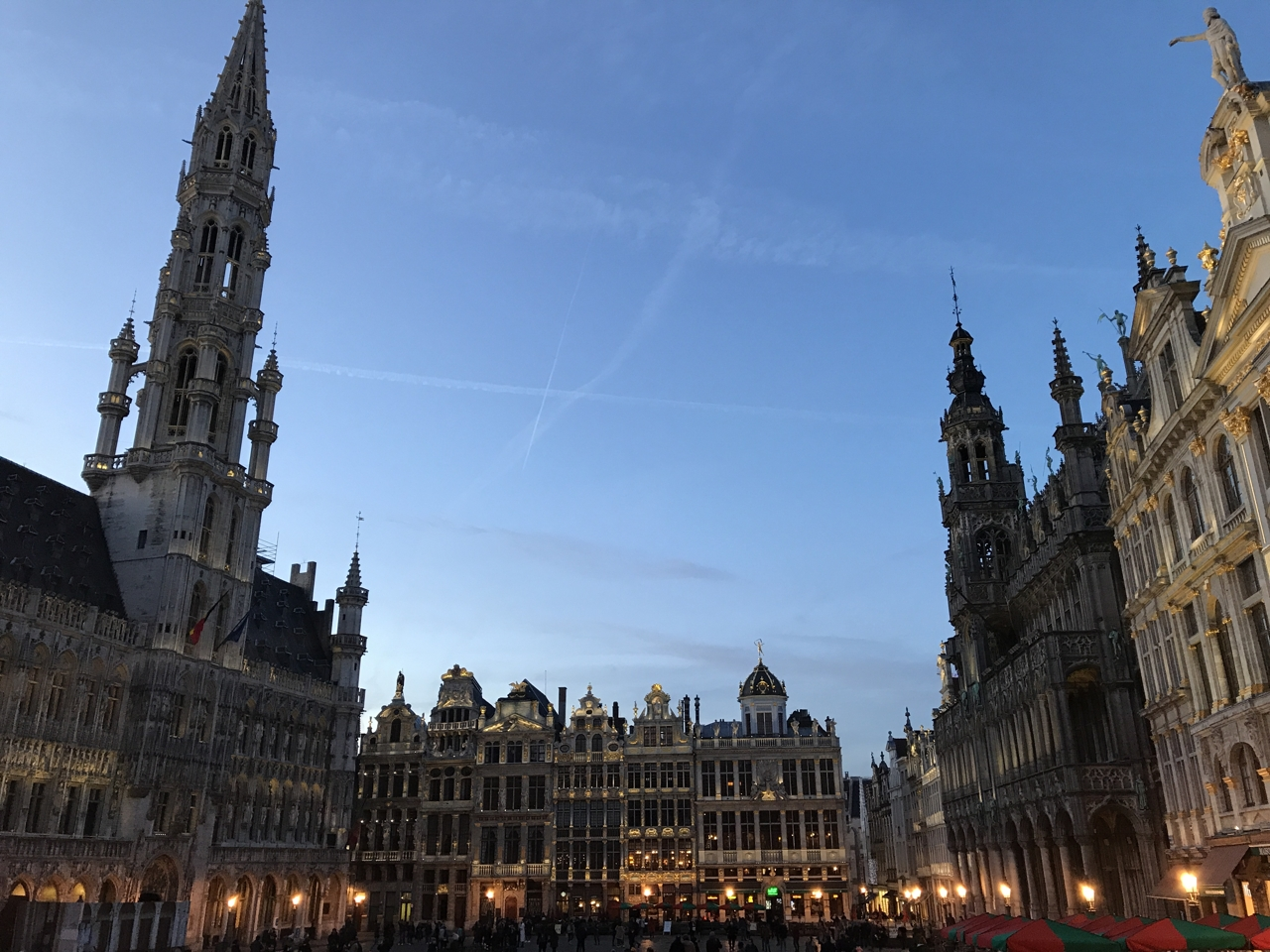 Grote Markt in Brussels at dawn